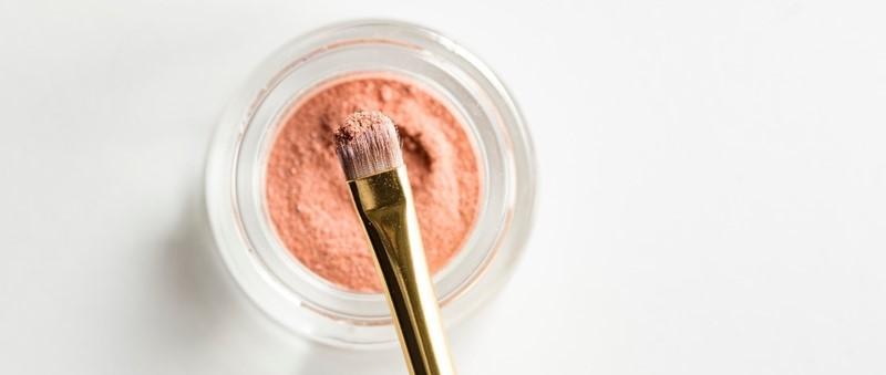 Waarom minerale make-up goed is voor je huid
